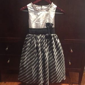 Tafetta pewter and navy dress